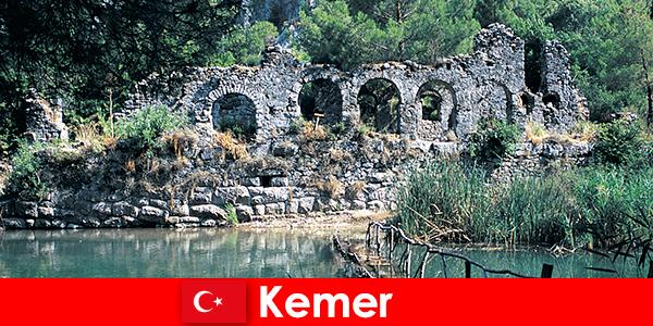 Kemer reprezintă partea europeană a Turciei
