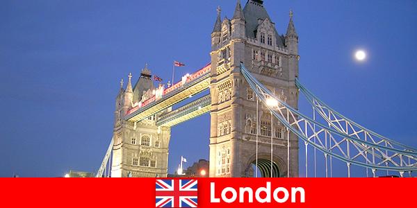 Anglia Londra City Excursie la Metropolis Lume