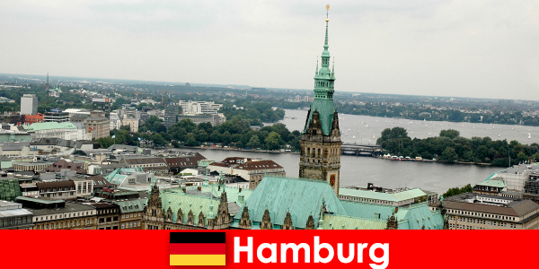 Călătorie și divertisment la Reeperbahn în orașul Hamburg