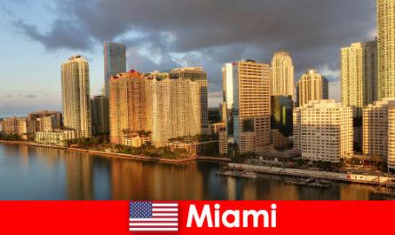 Sărbătorile în Statele Unite ale Americii - Experienta si sfaturi în Miami