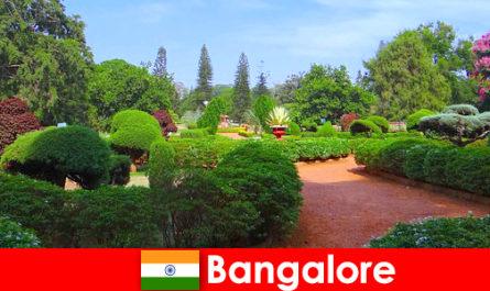 Turiștii din Bangalore iubesc parcurile și grădinile frumoase liniștitoare