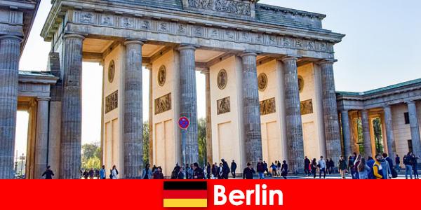 Berlin city tour Super idee pentru o scurtă vacanță