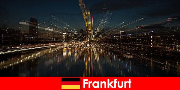 Frankfurt hub european de transport pentru străini în Germania