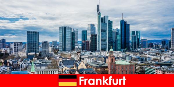 Atracții turistice în Frankfurt, metropola pentru clădiri înalte