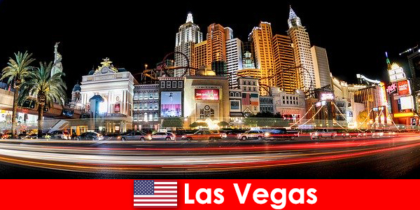 Las Vegas capitala mondială a divertismentului încântă străinii cu viața de noapte