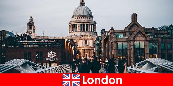 Londra are muzee moderne de renume mondial, cu intrare gratuită