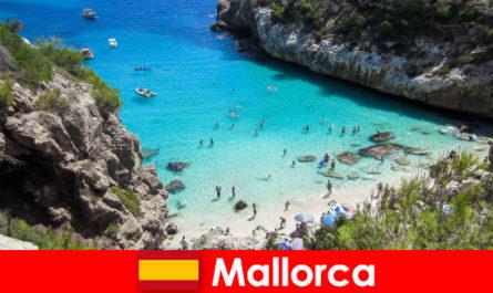 Ca un pensionar care trăiesc pe insula Mallorca ca un emigrant