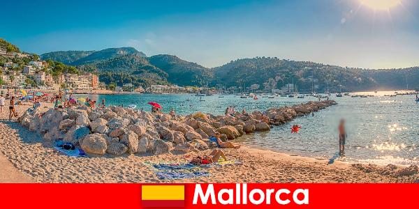 Mallorca cu mile de partid de renume mondial și plaje frumoase