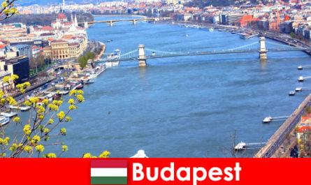 Budapesta în Ungaria un sfat popular de călătorie pentru vacanțe de scăldat și wellness