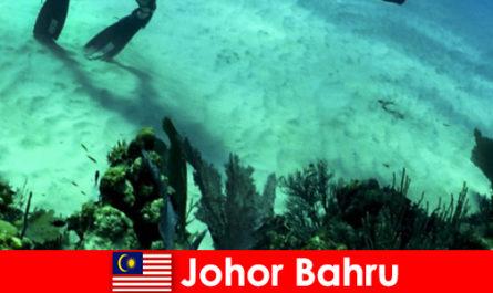 Activități de aventură în Johor Bahru Scufundări, alpinism, drumeții și multe altele