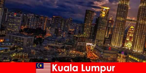 Kuala Lumpur merită întotdeauna o excursie pentru călătorii din Asia de Sud-Est