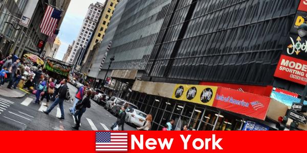 Sculpturile walk-in se numără printre noile atracții din New York