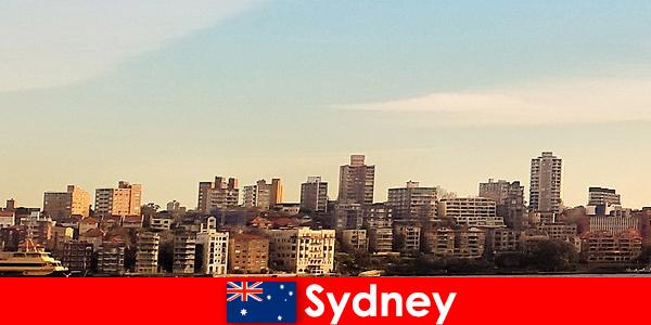 Sydney este cunoscut ca fiind unul dintre cele mai multiculturale orase din lume printre străini