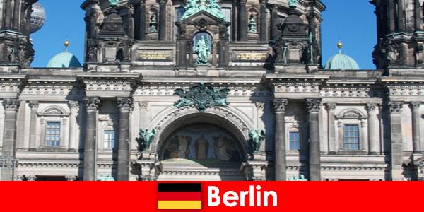 Berlinul în ciuda Covid 19 atrage noi turiști din întreaga lume