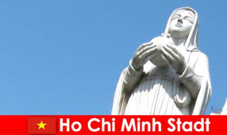 Centrul economic al Vietnamului Ho Chi Minh City o destinație pentru străini