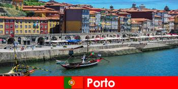 City break pentru vizitatorii porto Portugalia, cu baruri fermecătoare și restaurante locale