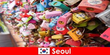 Călătorie de descoperire pentru străini pe străzile la modă din Seul în Coreea