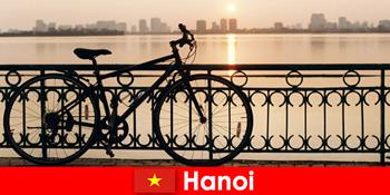 Hanoi în Vietnam descoperire excursie cu excursii pe apă pentru turisti sport