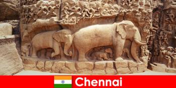 Străinii sunt entuziasmați de clădirile culturale tradiționale din Chennai India