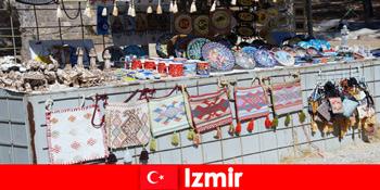 Experiență de plimbare pentru străini în cartierele bazar din Izmir Turcia