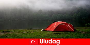 Vacanțe cu familia în pădurile din Uludag Turcia