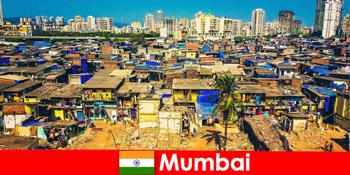 În Mumbai India, călătorii experimentează contrastele acestui oraș minunat