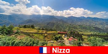 Cu trenul prin sate și munți în hinterland de Nisa Franța